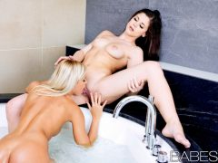 Babes - Passion At The Spa