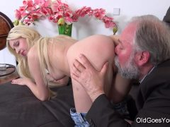 OldGoesYoung - Ellen Jess Cute Young Blonde
